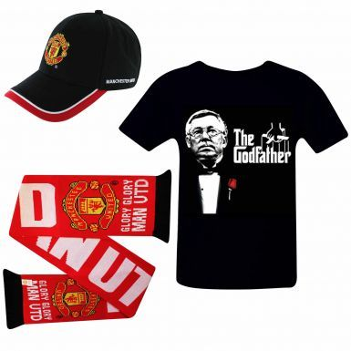 Manchester United Ultimate Fan T-Shirt, Scarf and Cap Gift Set
